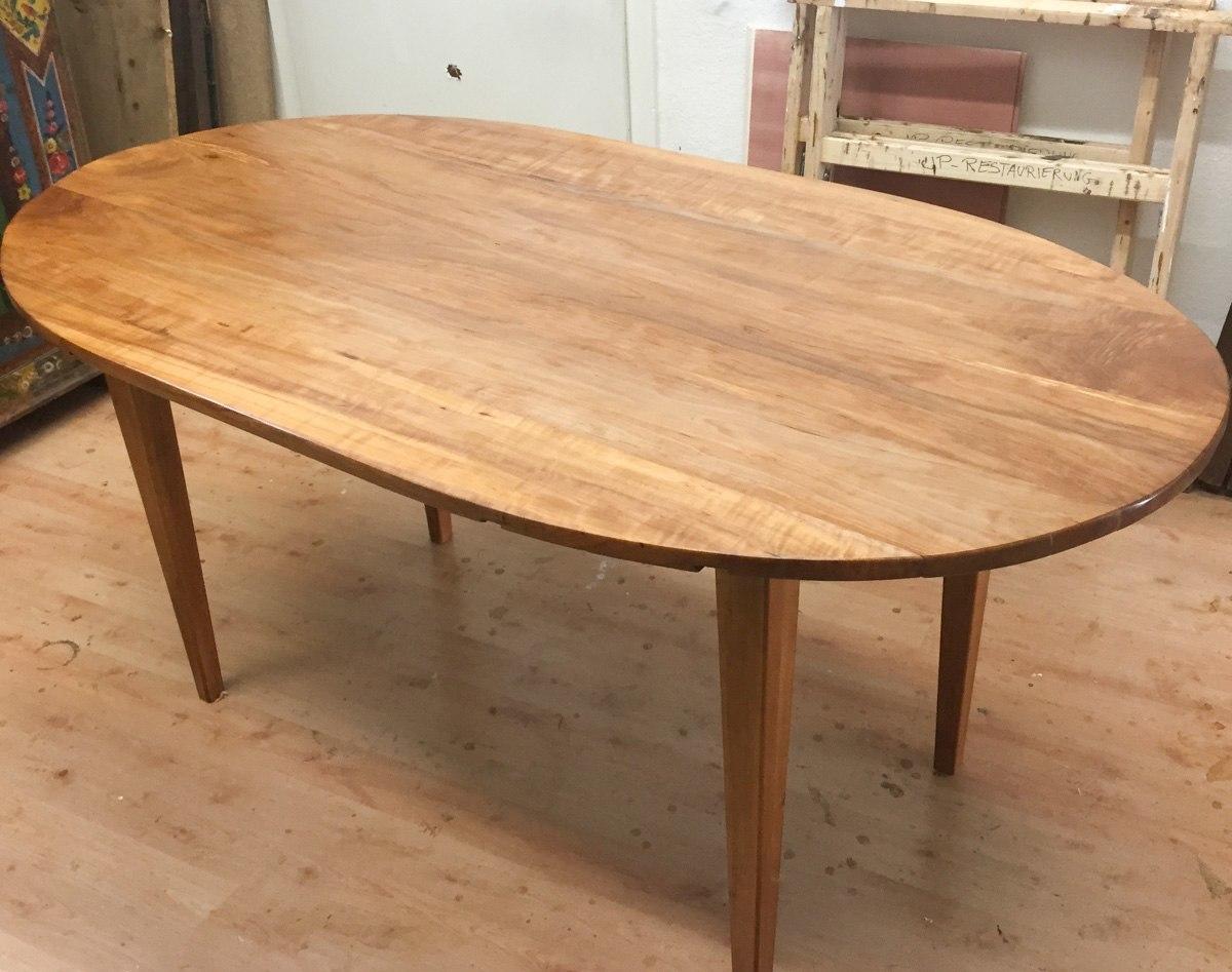 Kirschbaumtisch aus altem Holz